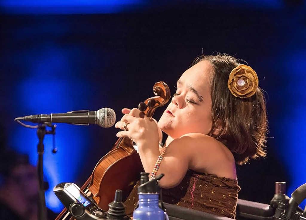Photo: ViolinScratches.com