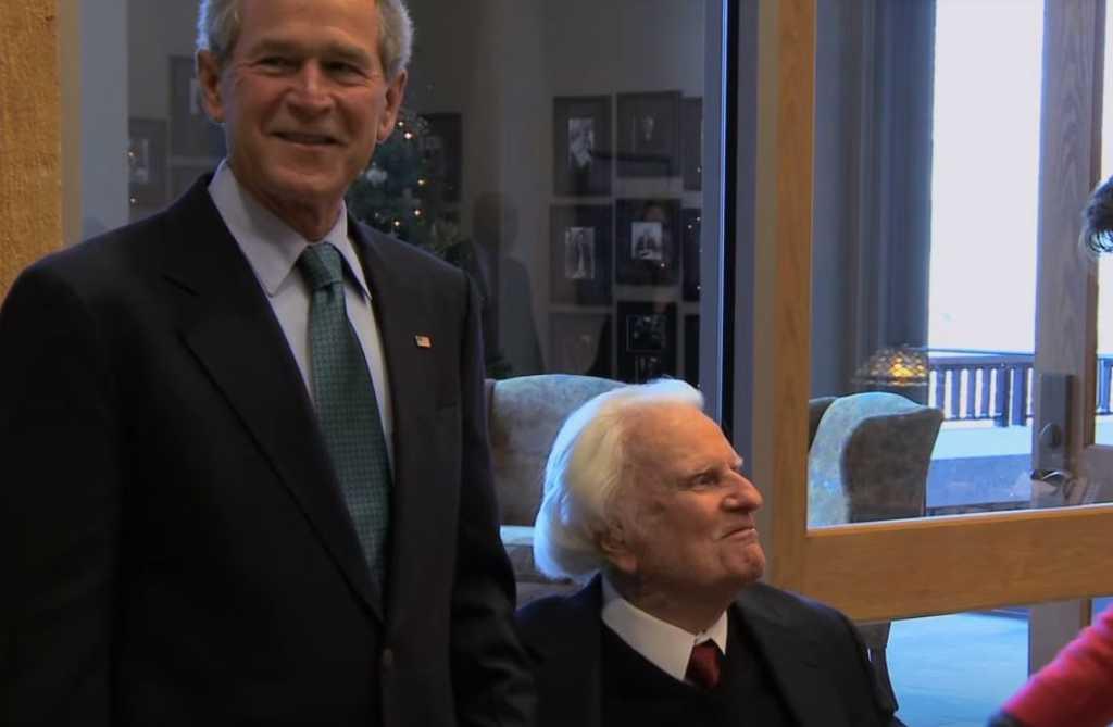 George Bush and Billy Graham. (Image source: YouTube/ Billy Graham Evangelistic Association)