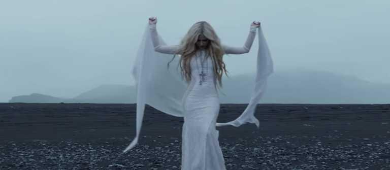 Image source: Youtube / Avril Lavigne