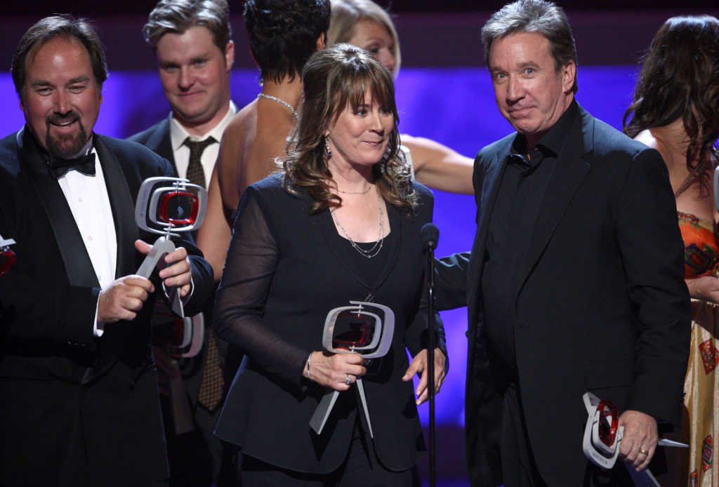 Actors Richard Karn, Patricia Richardson, and Tim Allen accept the fan favorite award for 'Home Improvement' at the 7th Annual TV Land Awards held at Gibson Amphitheatre on April 19, 2009 in Unversal City, California. (Photo by Alberto E. Rodriguez/Getty Images)
