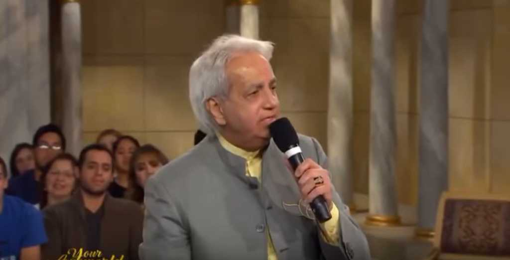 I'm Correcting My Own Theology': Benny Hinn Stuns Audience