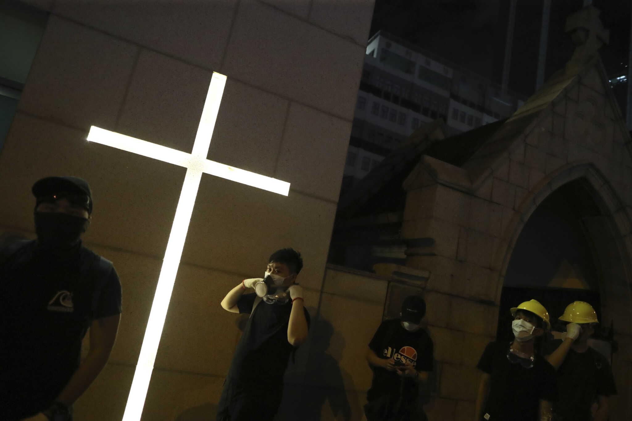 Eric Tsang/HK01 via AP