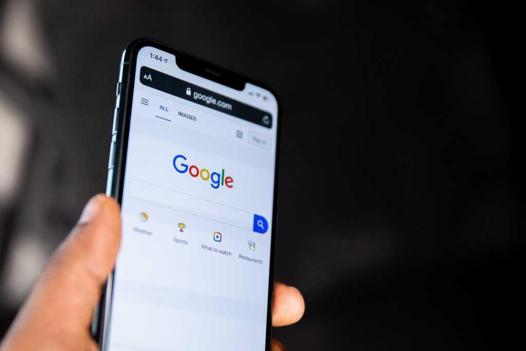 Google Docs 'Corrects' Auto-Correct Algorithm to Be More 'Inclusive'