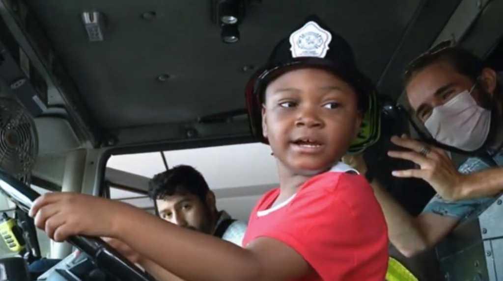 Image: YouTube Screenshot/Fox 32 Chicago